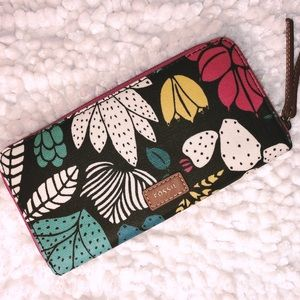 NEW ~ Fossil  Floral Large Wallet